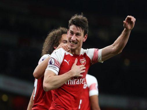 Tin chuyển nhượng: Đội trưởng Arsenal chuẩn bị rời đội bóng