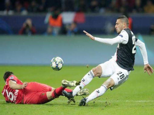 Tottenham tham gia vào cuộc đua giành ngôi sao thất sủng Demiral