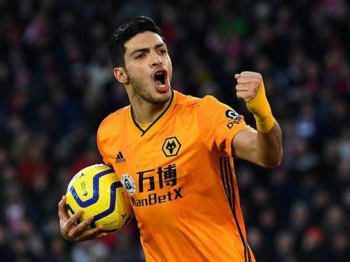 Chuyển nhượng 1/4: Sát thủ của Wolves đượckhuyên từ chối MU